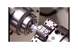 现代技术的机床设备,复杂的机械加工 (42播放)