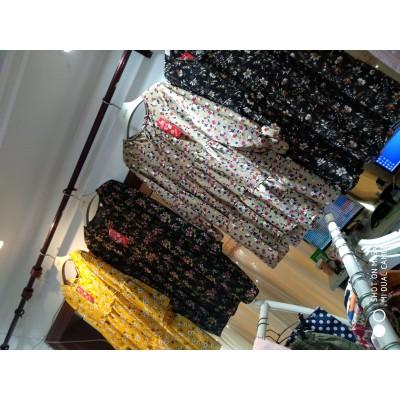超便宜外贸服装韩版女式运动裤29元模式白菜价