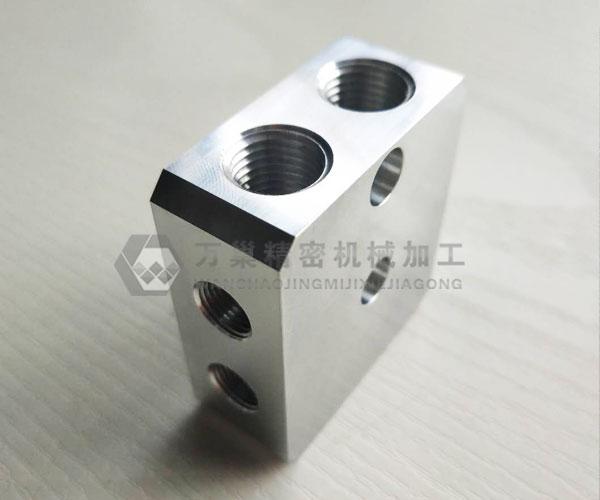 浦东CNC汽车铝配件加工生产公司 万巢首选