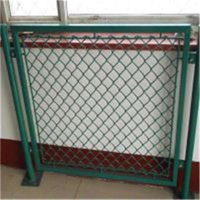 组装式环保球场护栏网安装方便