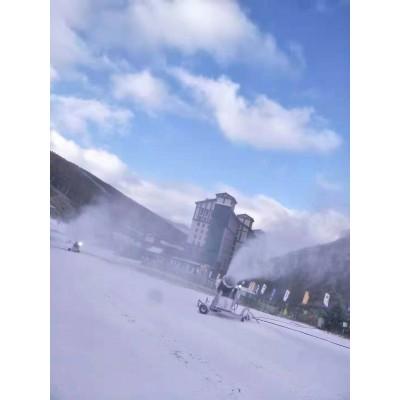 河南诺泰克造雪机厂家供应  恒温低能耗造雪设备