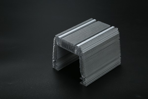 铝材CNC加工厂家-佛山市三水永裕金属