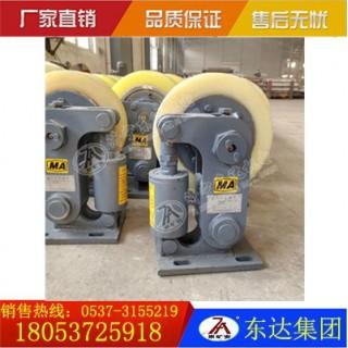 L30碟簧式罐笼导向轮厂家直供 聚氨酯滚轮罐耳价格优惠