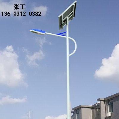 围场做太阳能路灯的厂家5米6米高多少钱